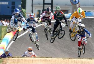Campionii la Moto Cross cu biciclete BMX