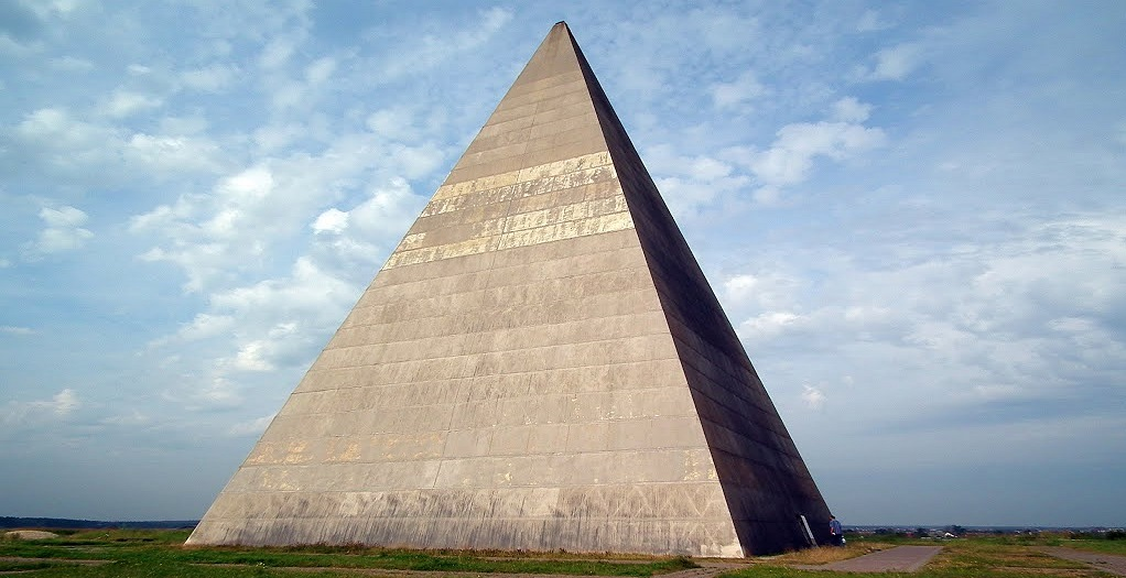 The mystery of Russian Pyramids